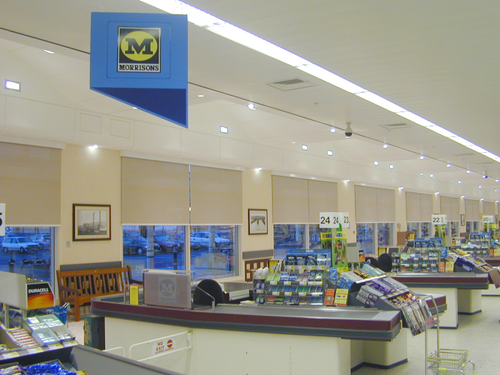 The floor to ceiling glazing in this supermarket caused excessive ...